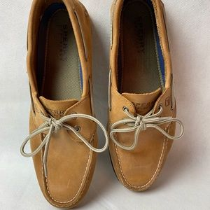 Men's Authentic Original Sahara Leather Boat Shoes